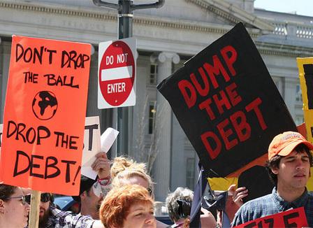 frederic-lemaire-de-l-audit-citoyen-pour-la-dette-des-dettes-illegitimes-ont-ete-crees-contre-l-interet-public