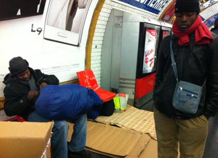 montreuil-une-nuit-a-chercher-un-squat-avec-un-groupe-de-76-migrants-africains