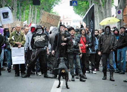 http://assets.streetpress.com/system/files/23048/video/COUVERTURE_-_rassemblement_antifa_8_juin_Copier_.jpg?1372337206